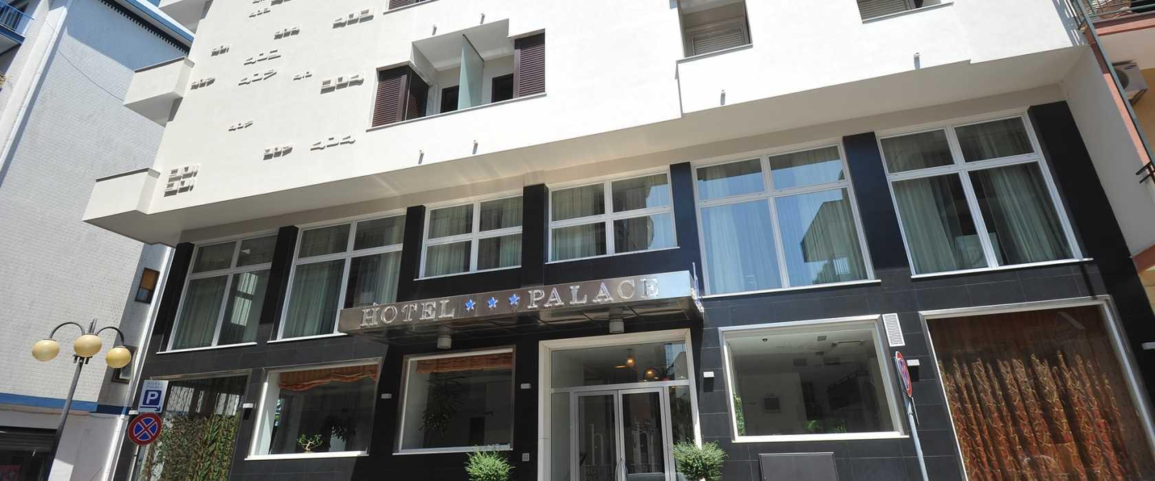 Un elegante e moderno albergo nel cuore di Battipaglia